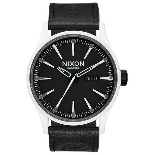 Reloj Nixon Star Wars A105SW2243 The Sentry Stormtrooper